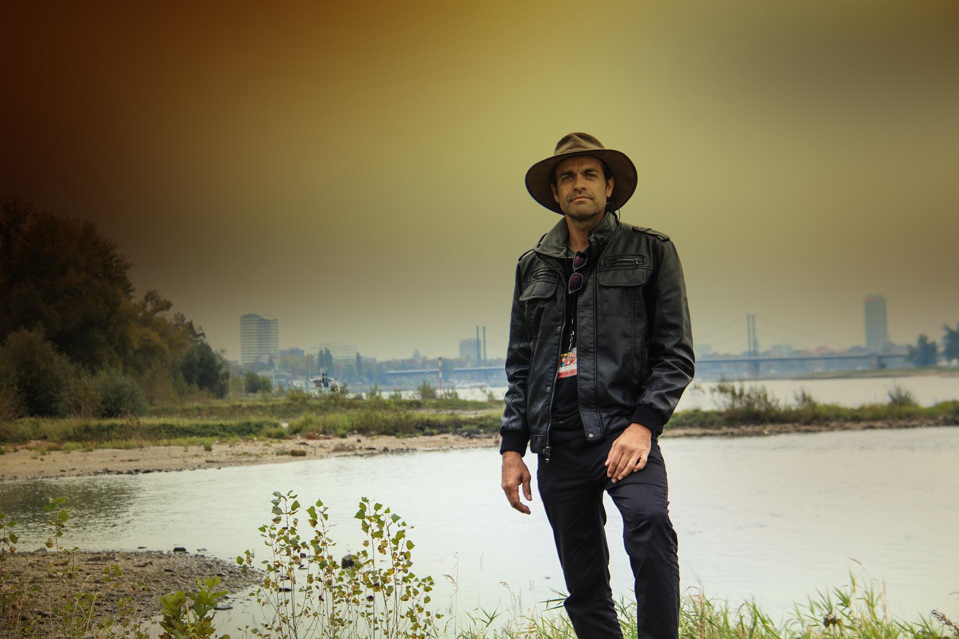 Andy Garza - Designer • Photographer • Filmmaker