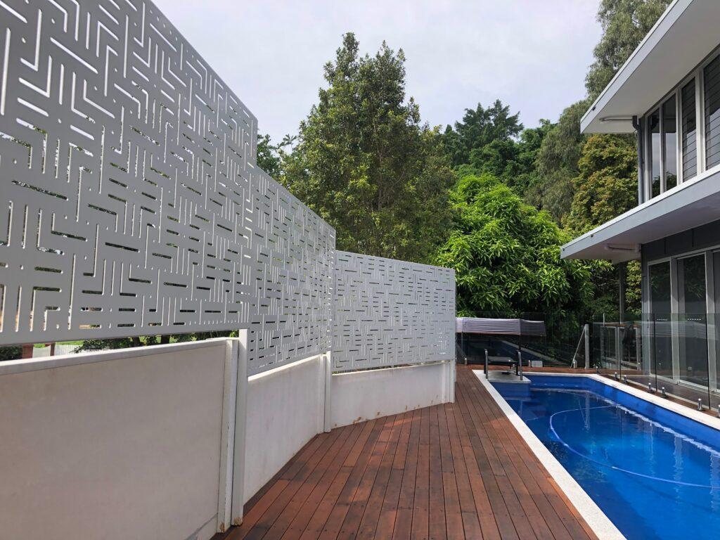 aluminium pool screen