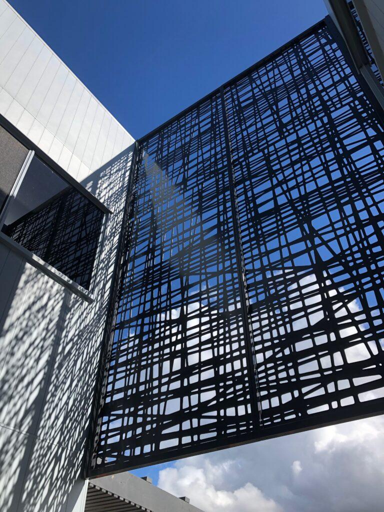 aluminium feature screens