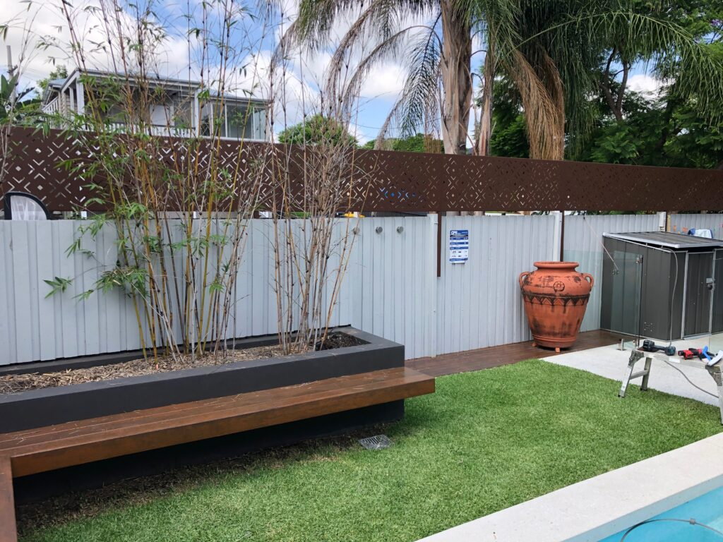 pool area privacy screens 3