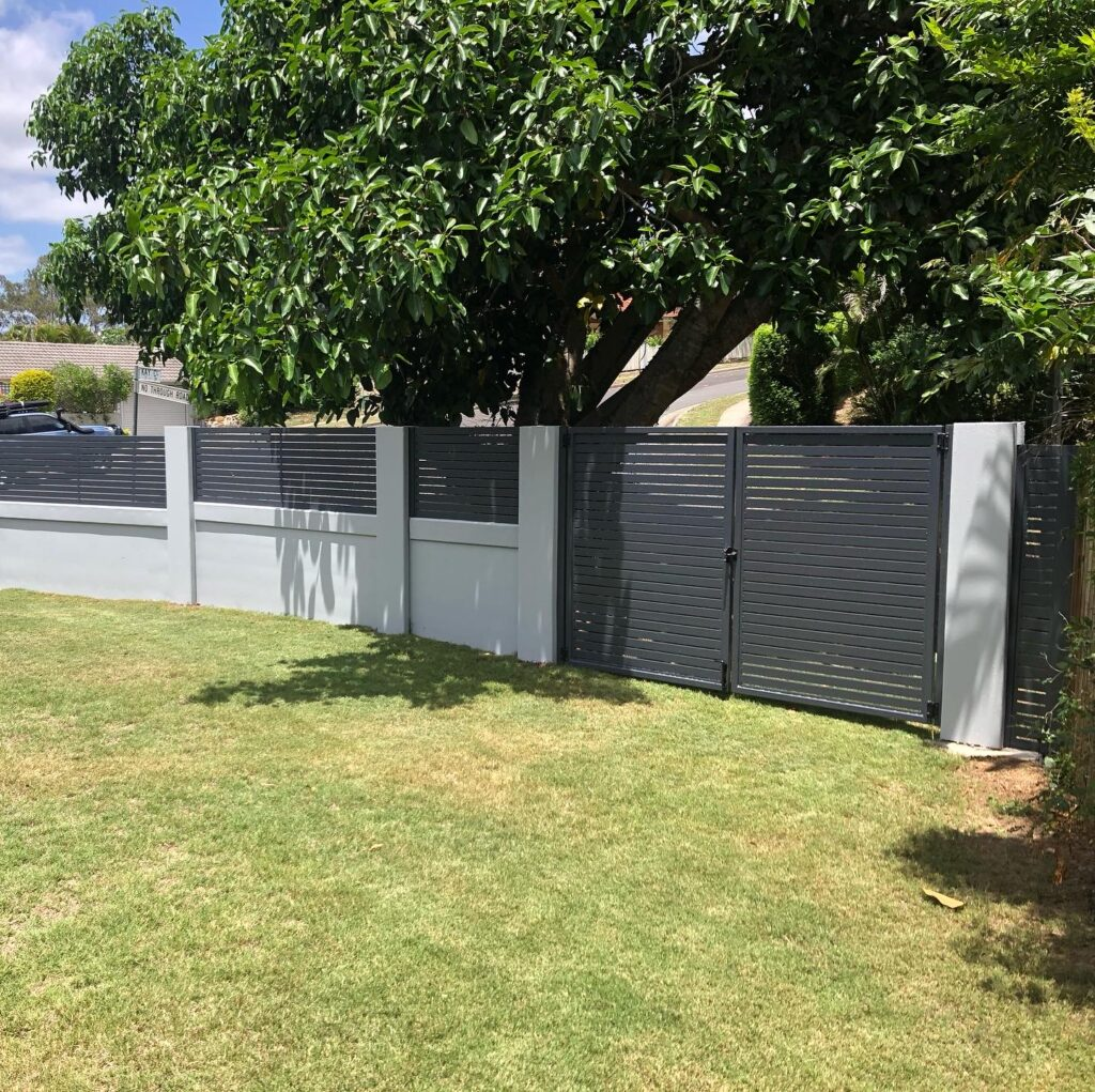 aluminium slat fence - infill panels for concrete front wall