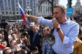 Navaln...