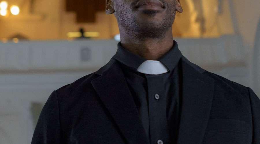 Separatistas secuestran a un sacerdote