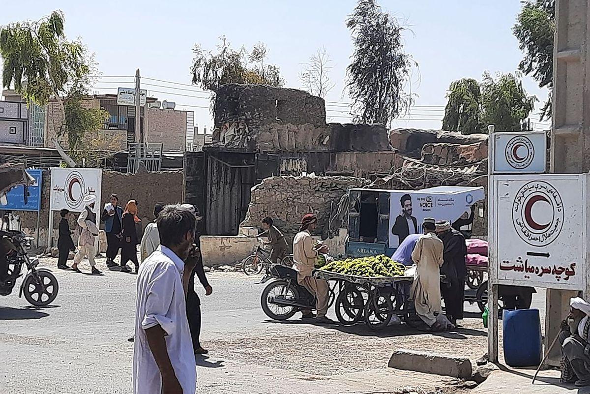 Talibanes toman 3 ciudades más