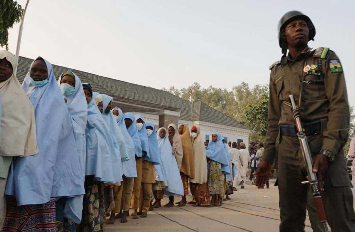 Liberan a decenas de estudiantes secuestrados en Nigeria
