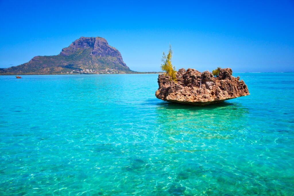mauritius island view from the water