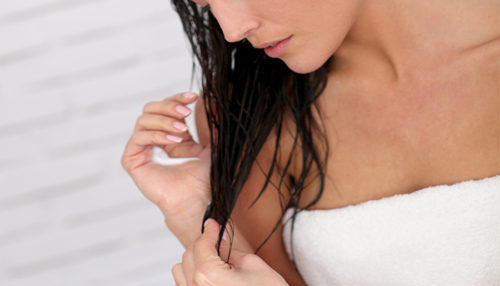Diseases that are Caused by Sleeping With Wet Hair
