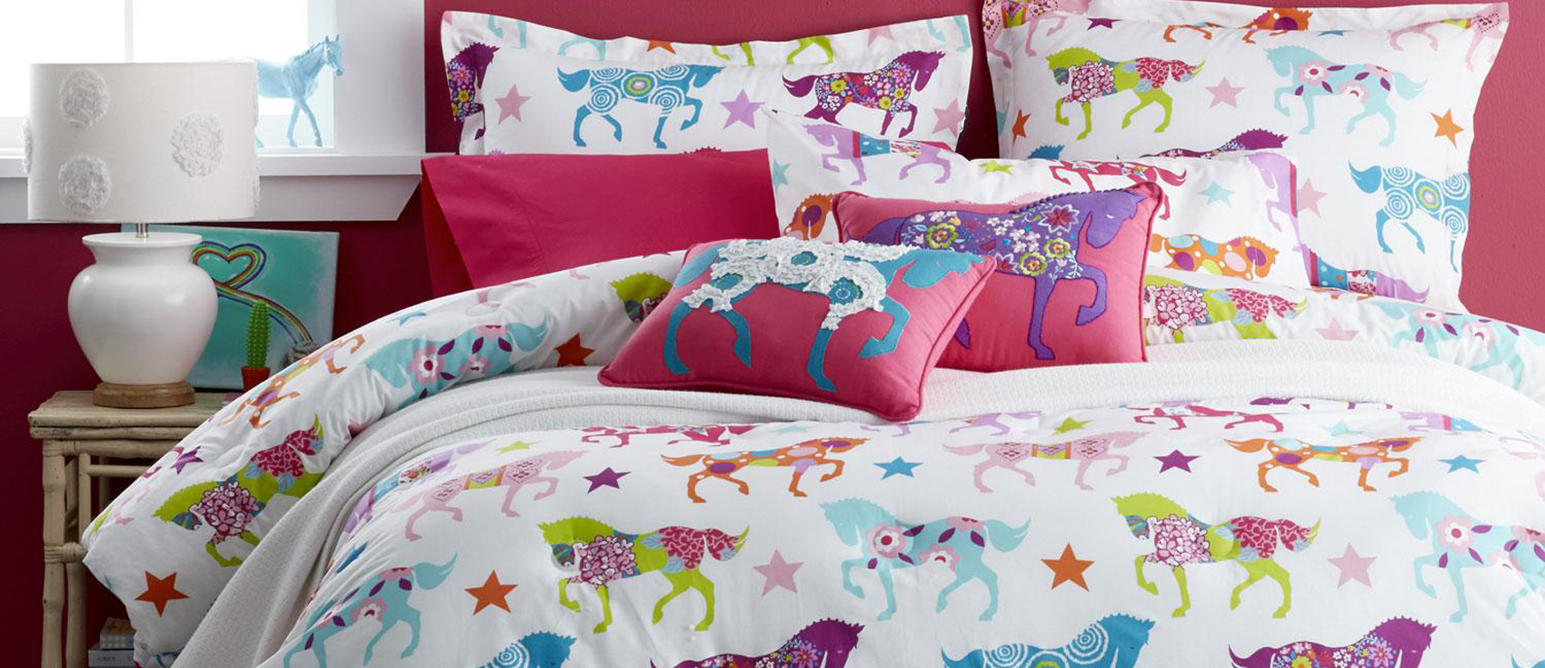 Girls Horse Bedding | How to Design a Cowgirl Theme Bedroom
