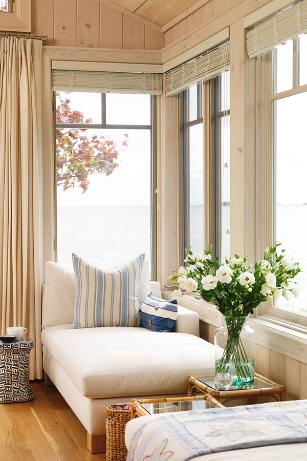 How to Decorate Coastal Style
