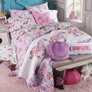 How to Design a Cowgirl Theme Bedroom