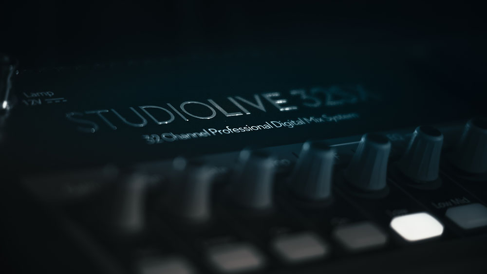 Persons Mixer StudioLive 32SX Detail