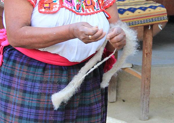 preparing wool for spinning