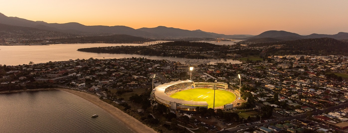 Just a stone's throw to Blundstone Arena...