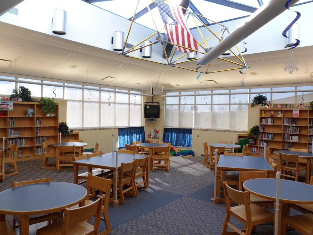 Jerry Ross Elementary School interior5