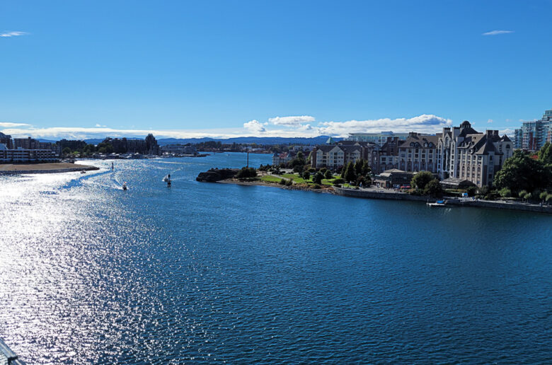 This is my 10 must-do activities list when I visit Victoria, BC, Canada. If you love people, travel and glorious food, and you haven't visited Victoria, then you are missing out!