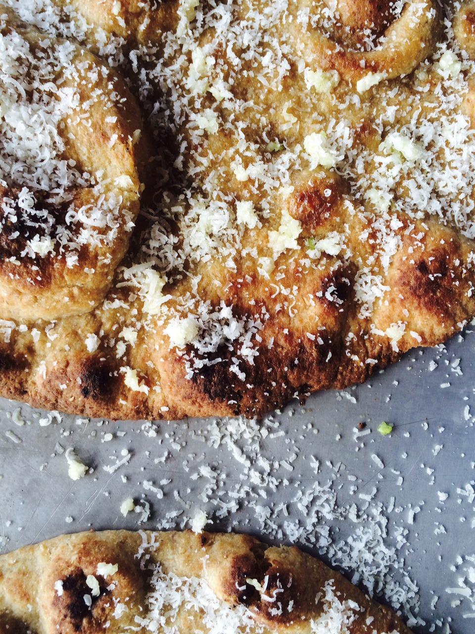 naan cheese garlic