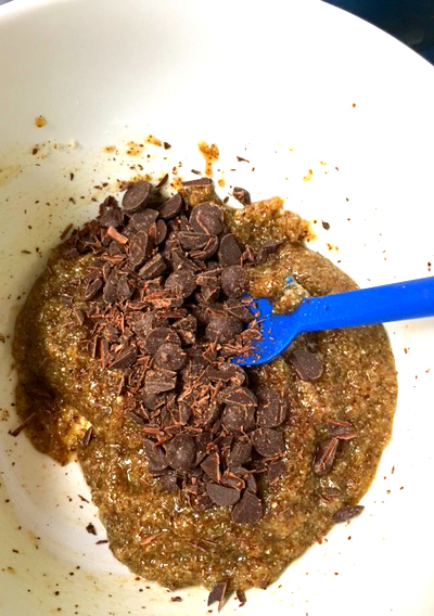 adding-the-chocolate-chips