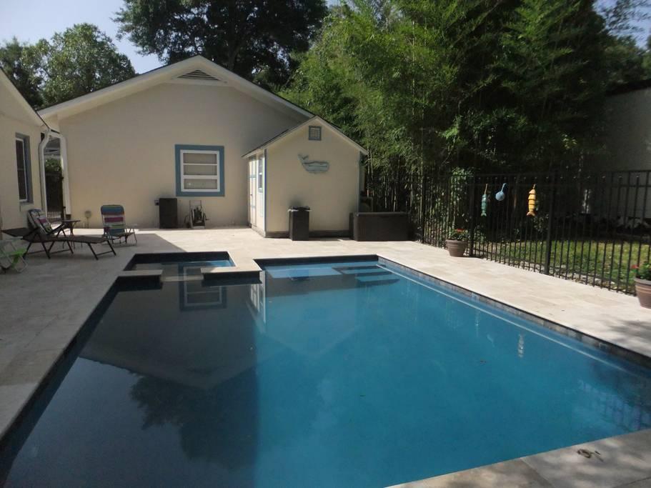 airbnb charleston pool