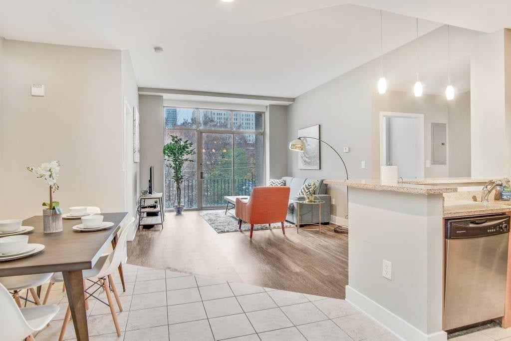 downtown apartment airbnb atlanta