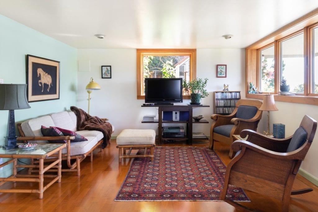 airbnb craftsman loft seattle