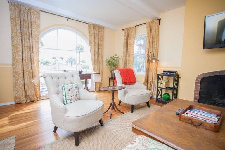santa barbara duplex airbnb