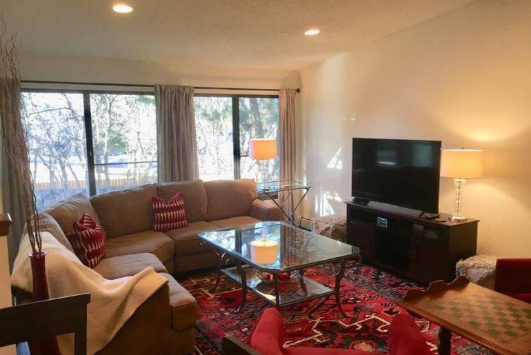 airbnb colorado springs hot tub home