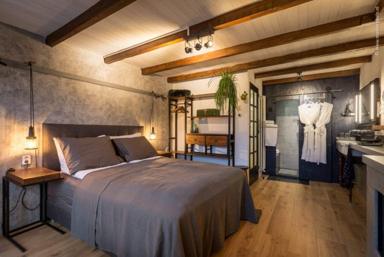 historic studio loft airbnb amsterdam