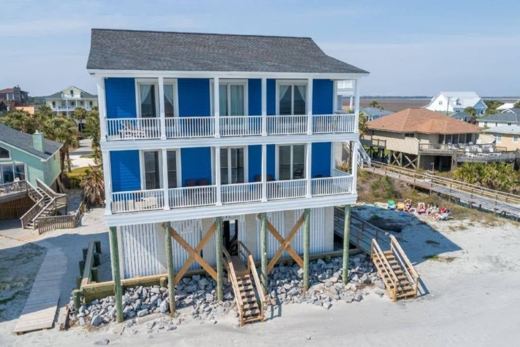 gorgeous beach home airbnb charleston