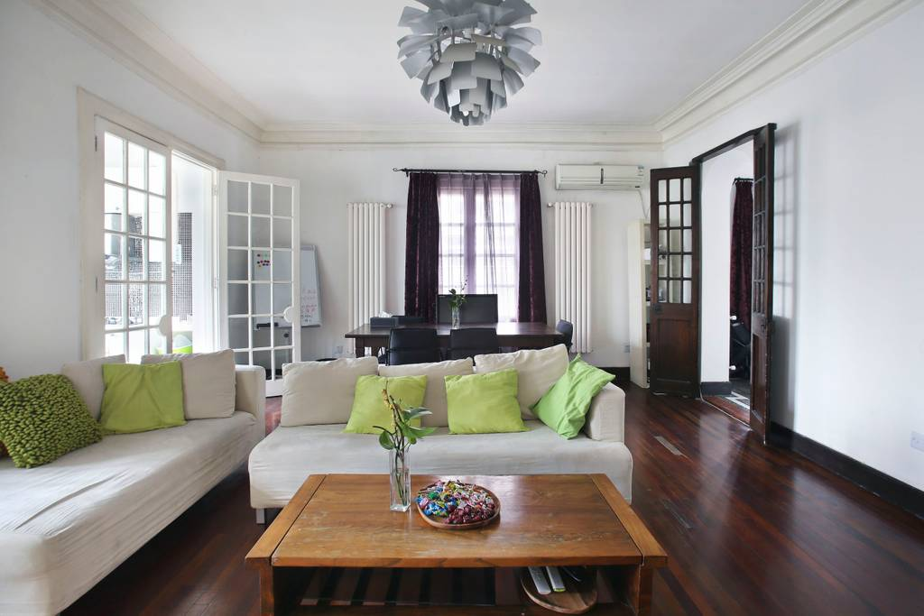 historic shanghai bungalow near arts and crafts area