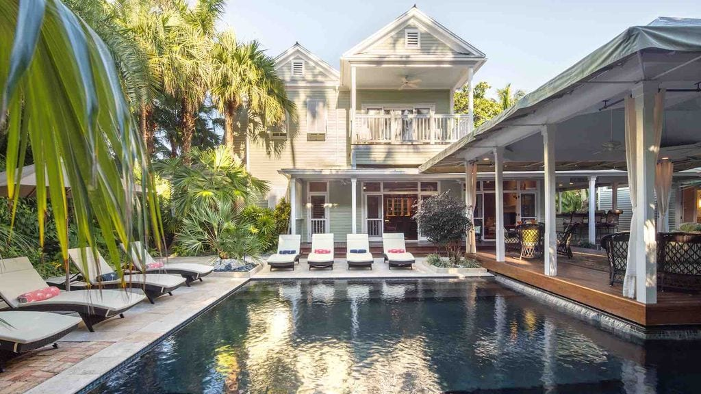 tropical plantation airbnb home in key west