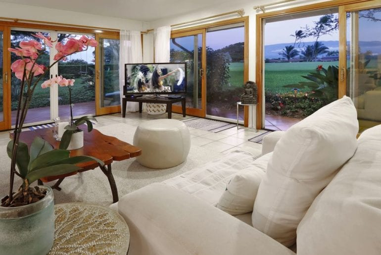 living area with incredible views in Maui