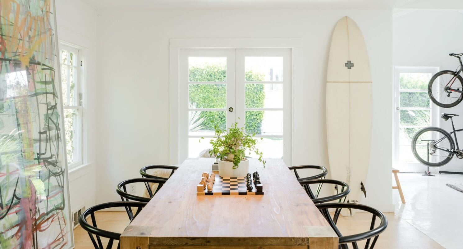 A Pacific Palisades airbnb kitchen