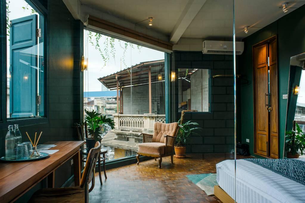 trendy bangkok chinatown airbnb property