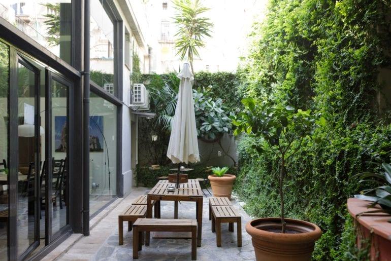 airbnb loft near las ramblas barcelona