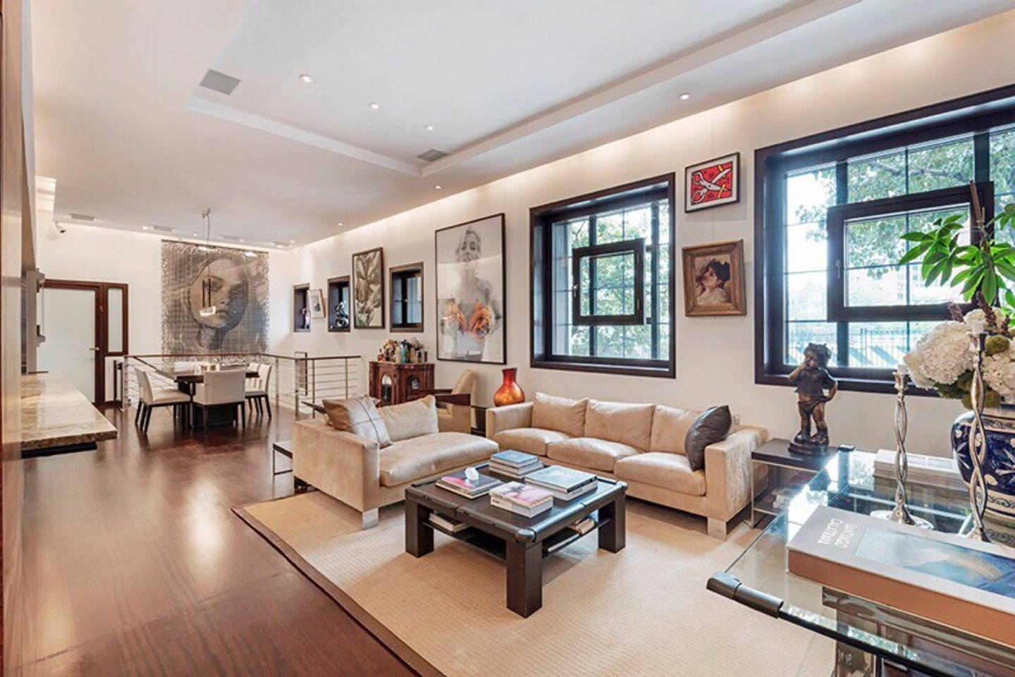 modern and classy airbnb apartment in tribeca