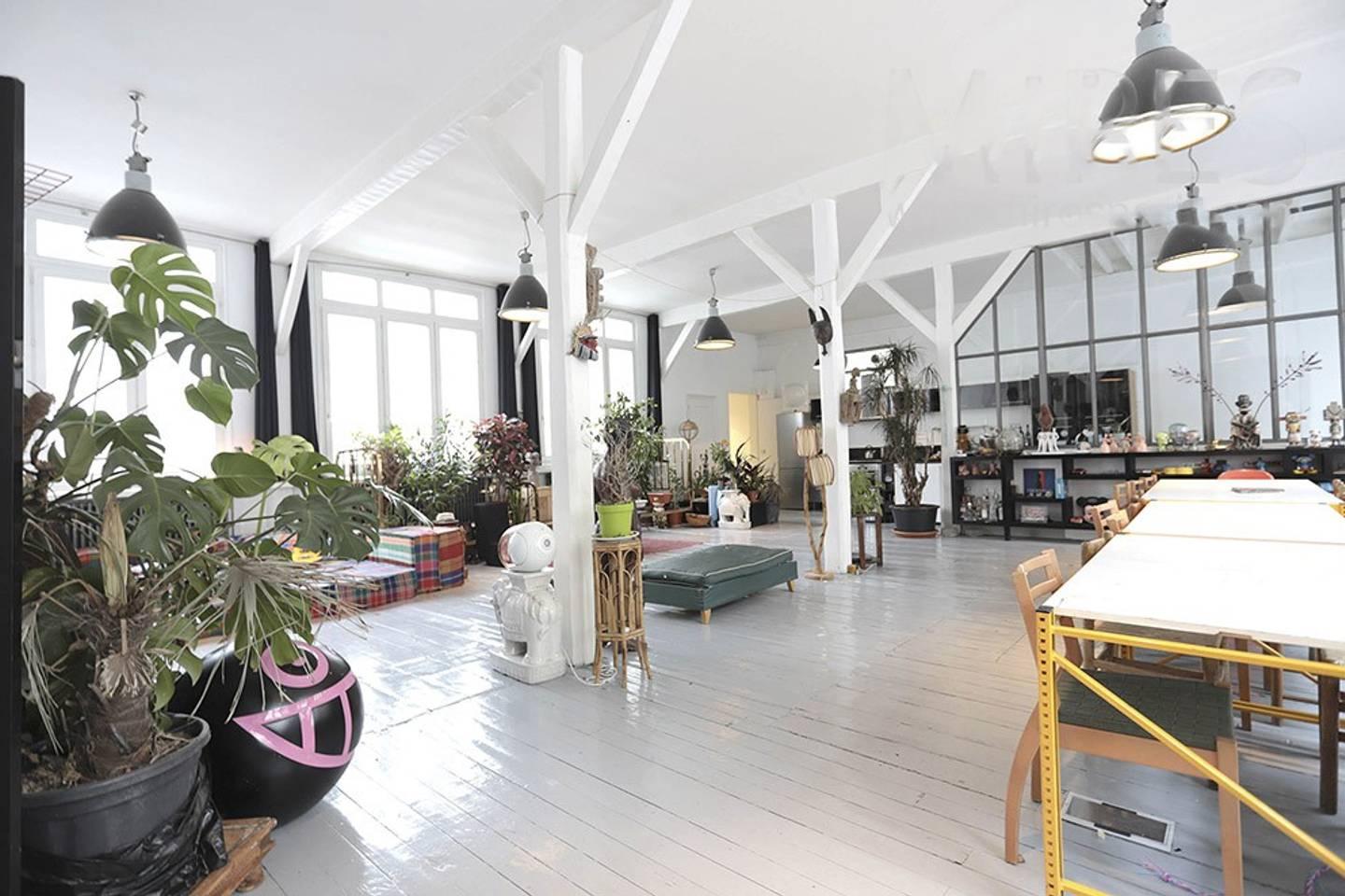 amazing airbnb paris loft near museums