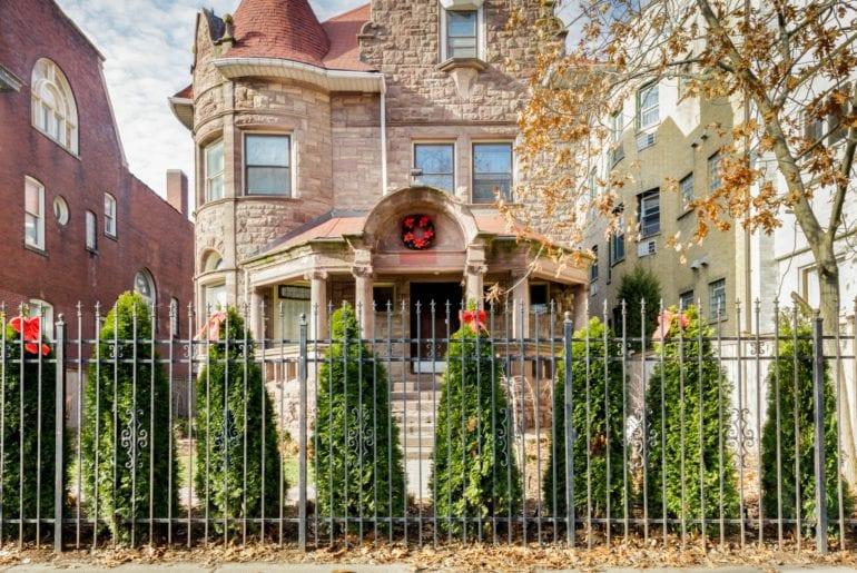 restored airbnb mansion in uptown chicago