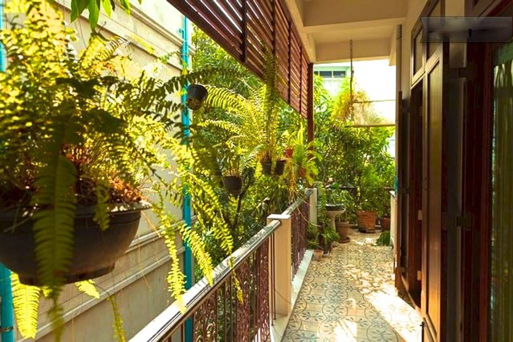 sophisticated airbnb home near siam paragon