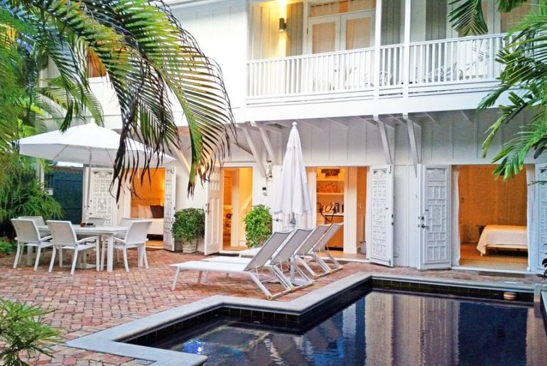 gorgeous airbnb home on duval street