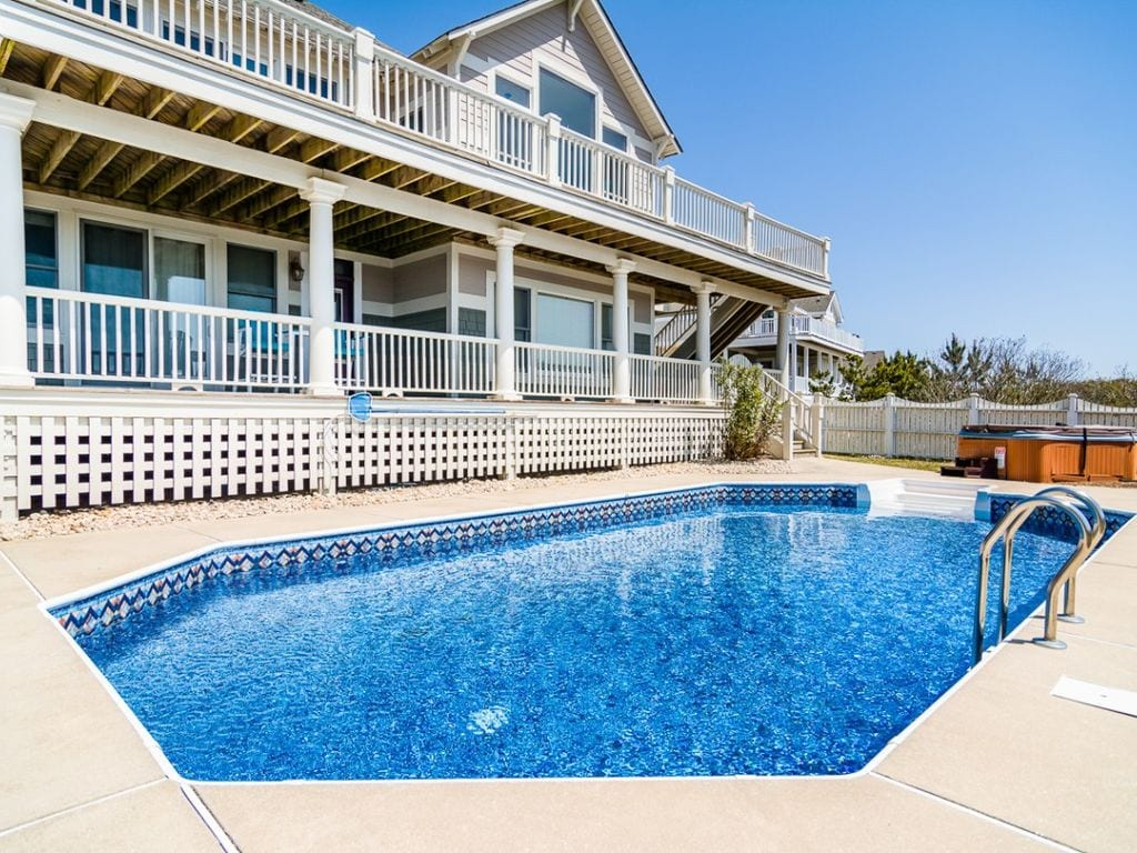 large family vrbo home with pool outer banks