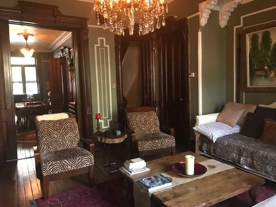 stunning new york city brownstone airbnb