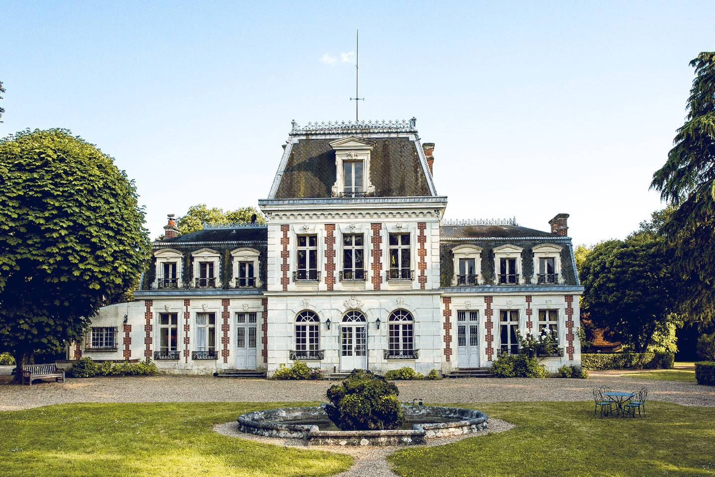 stunning chateau in the loire valley airbnb