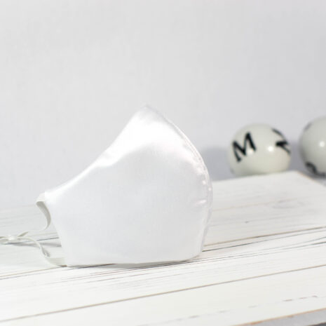 Signature White Pearl Silk Sculpted Fitted Face Mask (2)