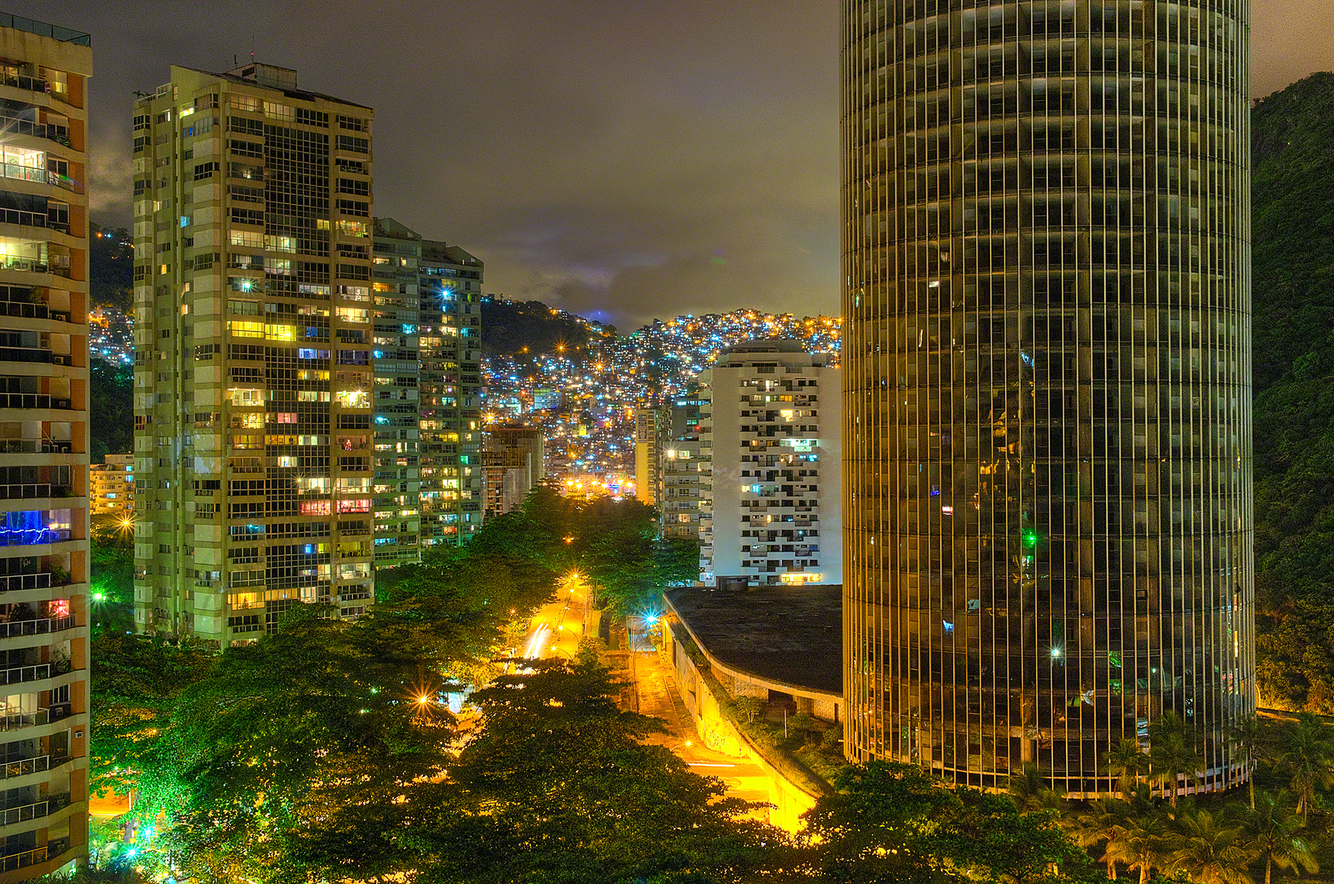 Time Lapse of Towers in Rio