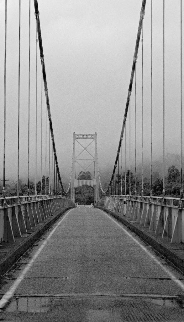 One lane vehicle bridge