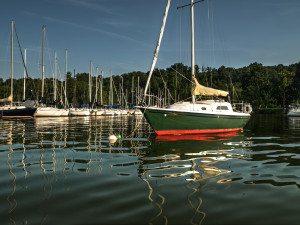 Sailboat on Ft Loudoun Lake