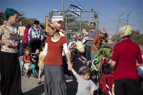 ISRAELI LABOR BILL FOR SETTLERS SPARKS UPROAR