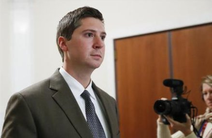 Ohio prosecutor to try police officer again for murder