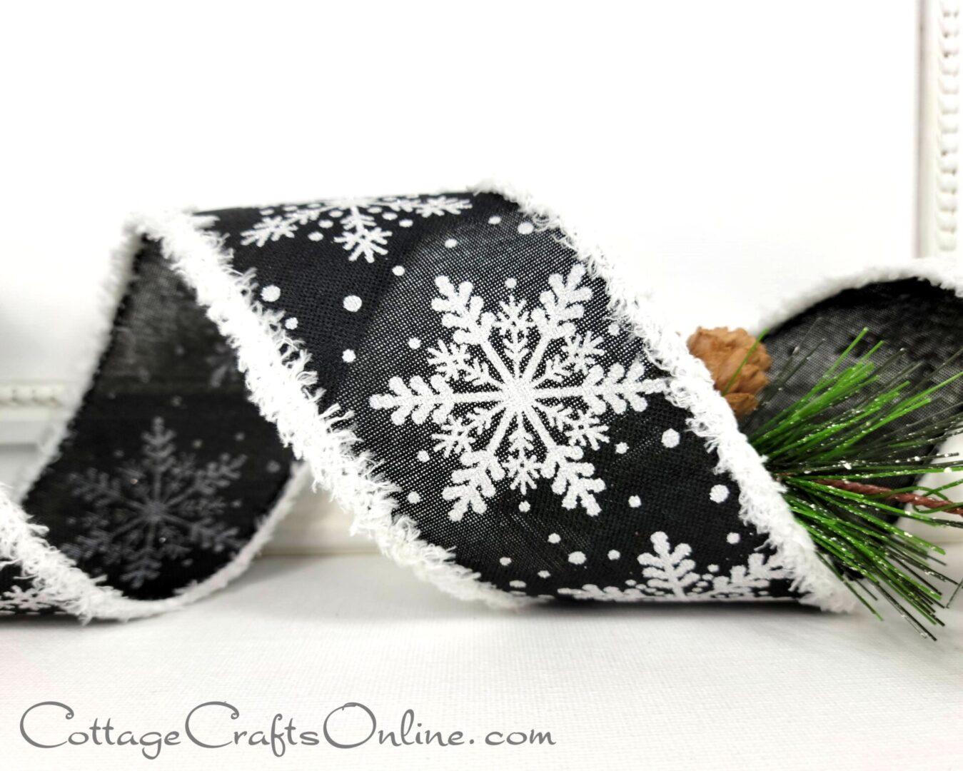 black snowflake snowy edge christmas cb 40-006
