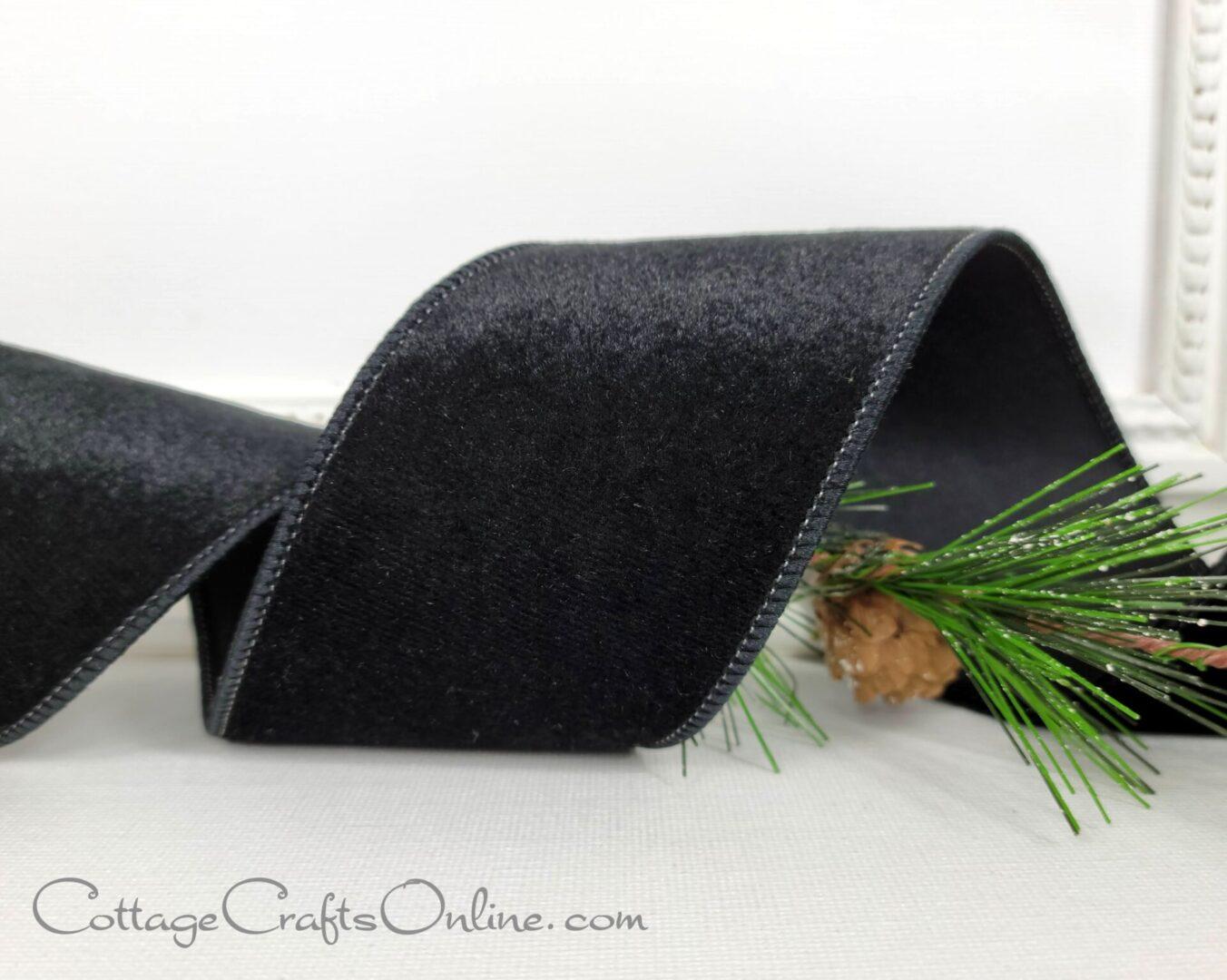 black velvet 40 satin back cb-009